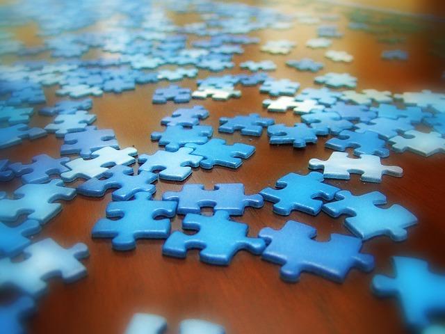 Blue_sky_puzzle1.jpg